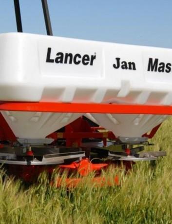 Distribuidor de fertilizantes Lancer Master 1500