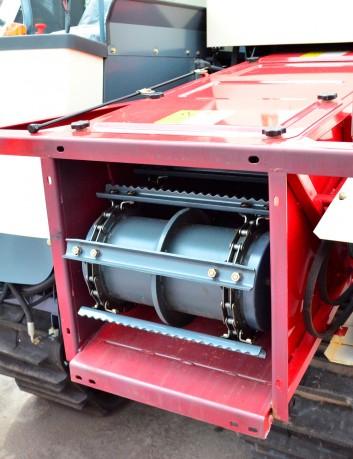 Cosechadora combinada 88 hp - 2.4 m